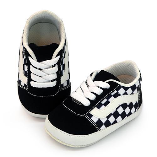 evan checker white
